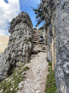 A steep part of trail 403 heading up to Rifugio Giussani.