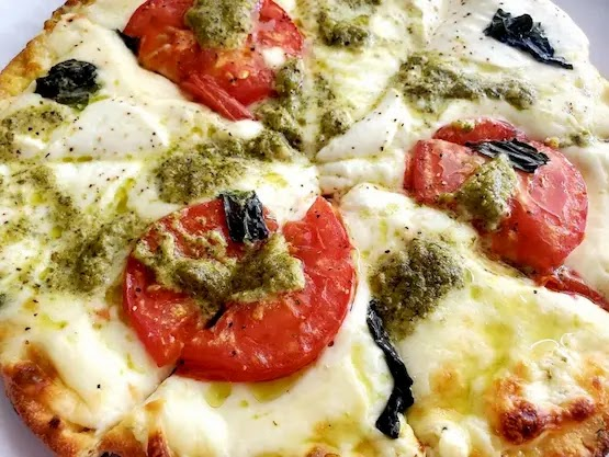 KETO WHITE PIZZA
