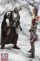 S.H. Figuarts The Mandalorian (Beskar Armor) 78