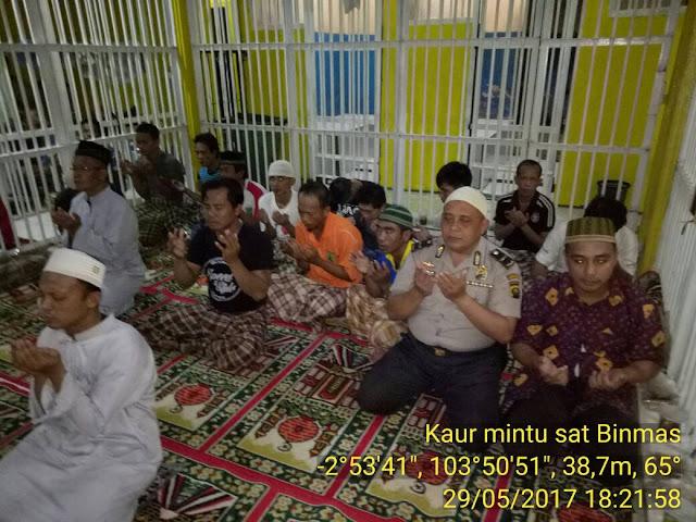 Polres Muba Buka Bersama Dengan Tahanan