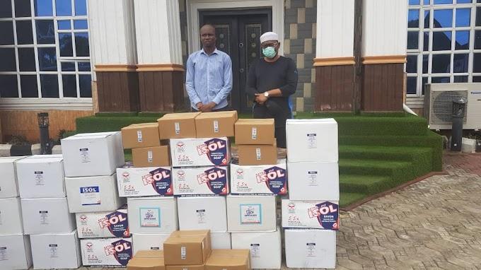 HRM IGWE M.C. OKONKWO DONATES  CORONAVIRUS PREVENTIVE ITEMS TO NDI-ALOR.