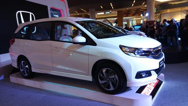 Rekomendasi Mobil Paling Irit BBM Untuk Dibeli