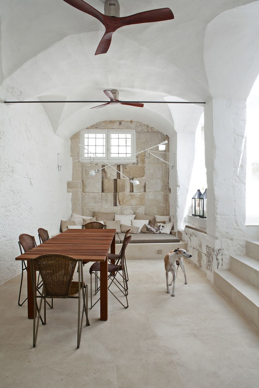 Palomba Serafini arquitectos italianos reforman su casa en el Salento