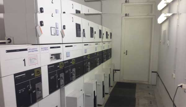 На фото работа компании  «Техстроитель» Эксплуатация трансформаторной подстанции 2х1600 кВа