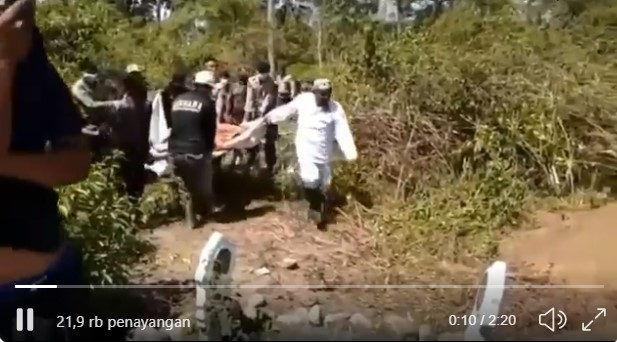 Netizen Sodorkan Video Bukti Kiprah FPI, Mahfud MD Bungkam