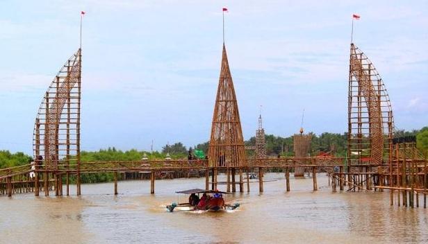 Wisata hits Hutan Mangrove Kulon Progo
