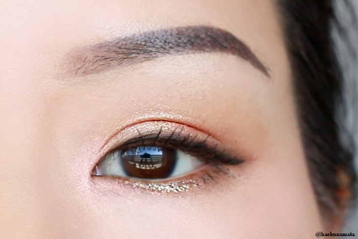 Wearable and Easy Gold Glitter Eye Makeup Tutorial