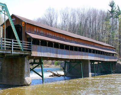 Harpersfield Covered Bridge in Ohio