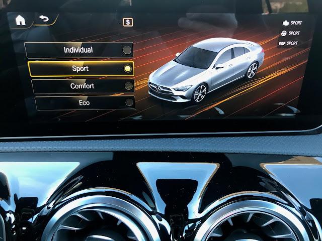 Drive mode display in 2020 Mercedes-Benz CLA250 4MATIC