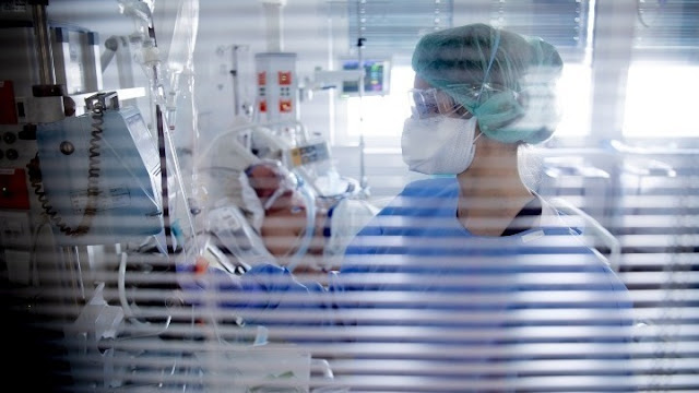 Μητσοτάκης προς τις εθελόντριες νοσηλεύτριες: Δεν είναι απλά μια ευγενική πράξη, είναι μια βαθιά πατριωτική πράξη