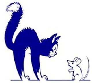 El gato azul y el ratón