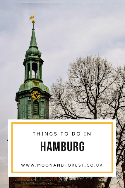 48 Hours in Hamburg - where to eat, what to see where to drink, coffee shops, record stores, bookshops and vegan food. Click through for a free weekend mini guide.