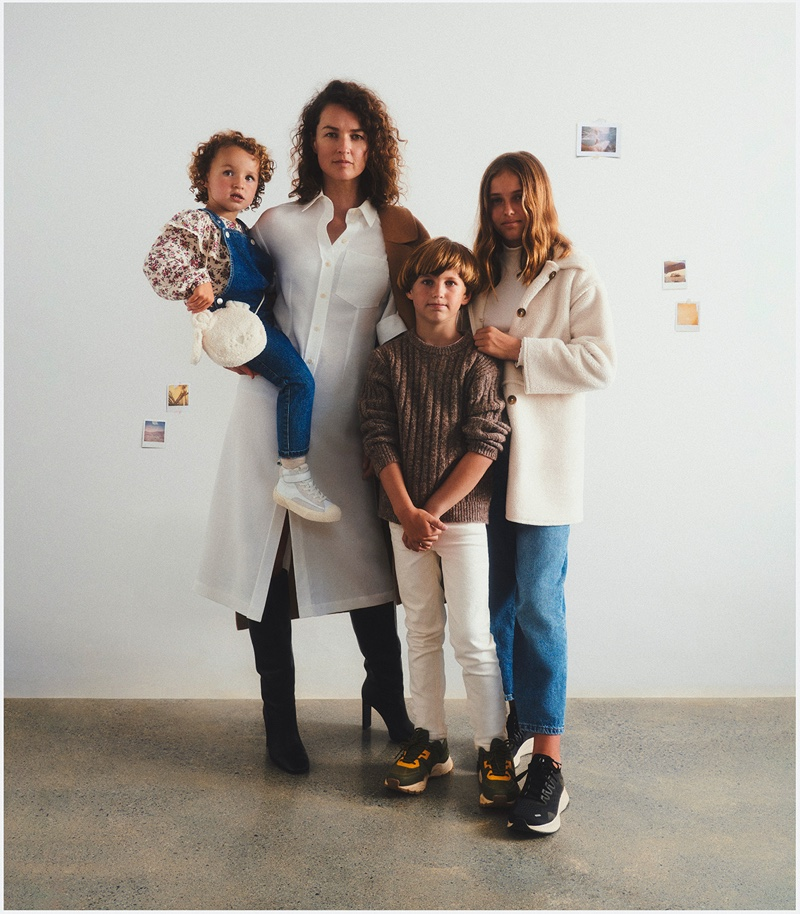 Caroline Barton poses with children Bronte, Carter, and Darcy for Mango Family Portraits fall-winter 2021 campaign.