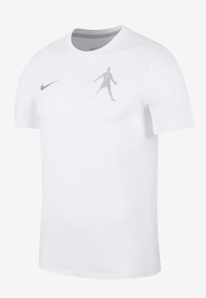 29ccddccd3 China Exclusive Nike CR7 Collection + All-New Chinese CR7 C罗 Logo ...