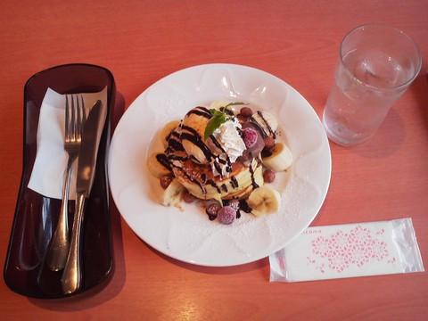 バースデーパンケーキ¥0-2 デニーズ猪高店