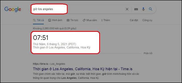 """Việt Nam thuộc múi giờ số 7 (GMT +7) nên giờ của nước ta sẽ đi trước giờ GMT là 7 giờ.  Ví dụ: Tính giờ của Việt Nam.  To là 3 giờ 25 phút  M của Việt Nam là +7 Vậy thì Tm= 3 giờ 25 phút + 7 giờ. Kết quả nếu tại Anh là 3 giờ 25 phút, thì giờ tại Việt Nam sẽ là 10 giờ 25 phút.  V. Công cụ tính múi giờ online 1. Sử dụng Google Bạn truy cập vào trang chủ Google và gõ vào ô tìm kiếm.  Ví dụ: bạn muốn tìm giờ Los Angeles thì gõ """"giờ Los Angeles"""" và nhấn Enter."""