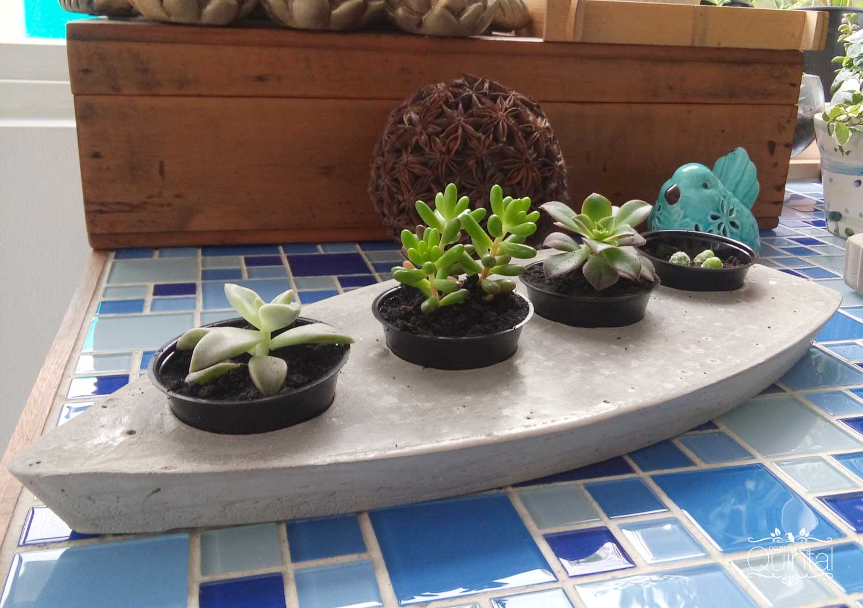 Vasinho de Cimento com Embalagens Recicladas Galvanotek na Cozinha do Quintal