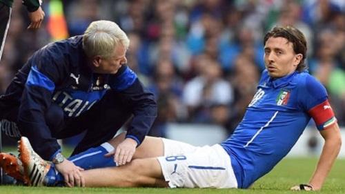 Montolivo nghỉ 6 tháng vì chấn thương, Milan tái mặt