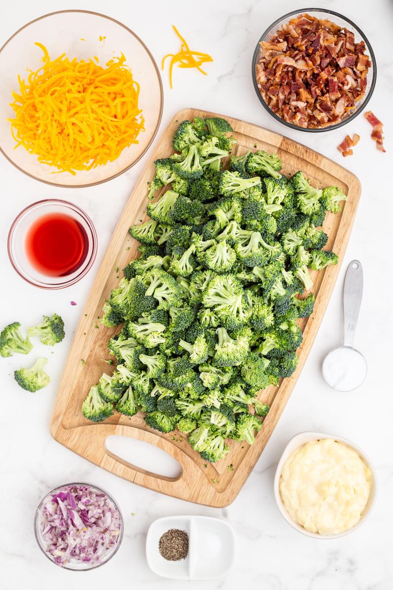 Ingredients needed to make keto loaded broccoli salad.