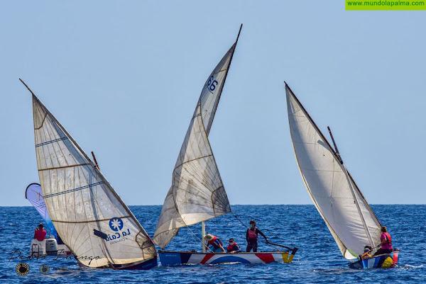 V Regata Día de Canarias de Vela Latina se celebra en aguas de Tazacorte