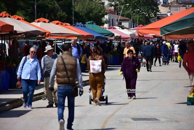 Σχετικά αυξημένη η κίνηση λόγω εορτών στο Ναύπλιο