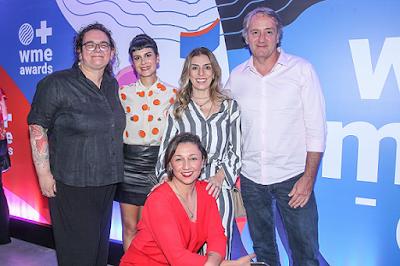 Em pé Silvia Fu Elias, Monique Dardenne, Fatima Pissarra, Gilberto Corazza Na frente Claudia Assef - Divulgação