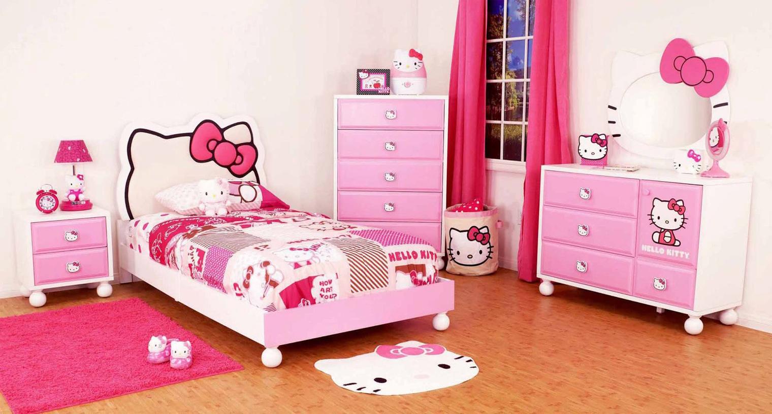 Model Dalaman Bilik Tidur Hello Kitty