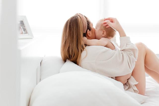 Apakah yang harus dilakukan pada saat bayi anda menangis