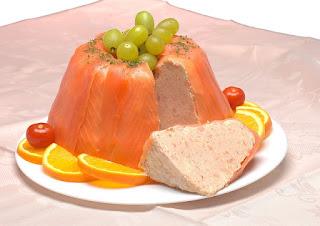 Terrine de saumon fumé à la mousse de saumon frais, citron, crème, sans gluten