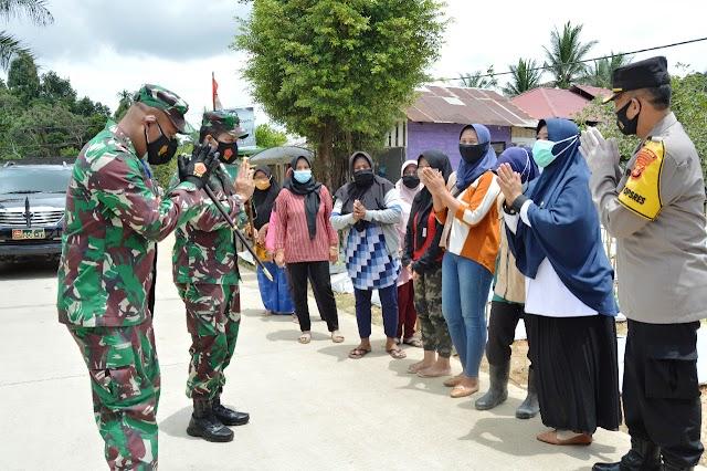 Apresiasi Danrem 091/ASN,  Kunjungi Posko Terpadu PPKM dan RT SIigap,  Kukar