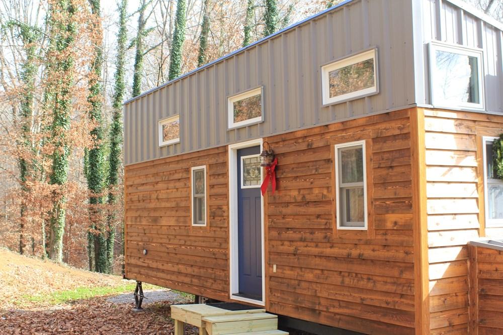 Tiny house town eco friendly tiny house in knoxville for Eco friendly tiny house