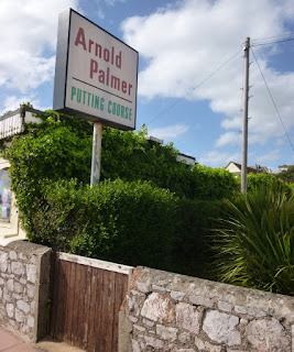 Arnold Palmer Putting Course in Exmouth