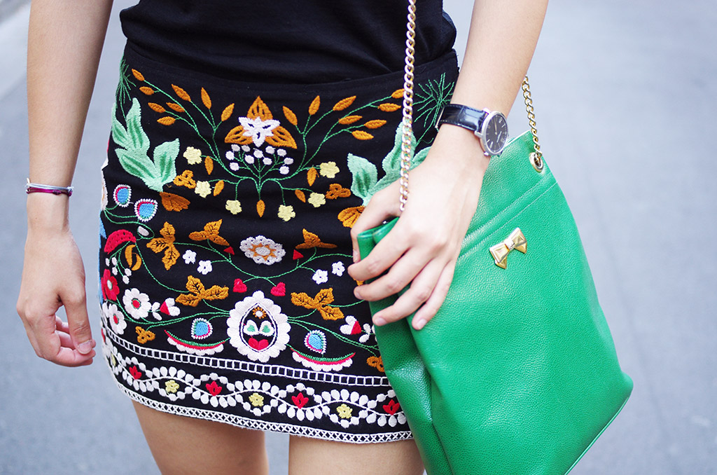 Elizabeth l Folk embroidered skirt outfit l Zara Chanel Nina Ricci l THEDEETSONE l http://thedeetsone.blogspot.fr