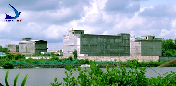 Xây dựng nhà yến ở những nơi có nhiều cây xanh, ao hồ