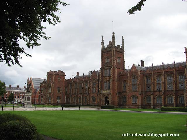 Университет в Белфасте