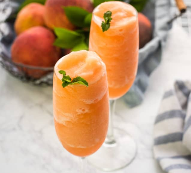 Peach Bellini Recipe #drink #party