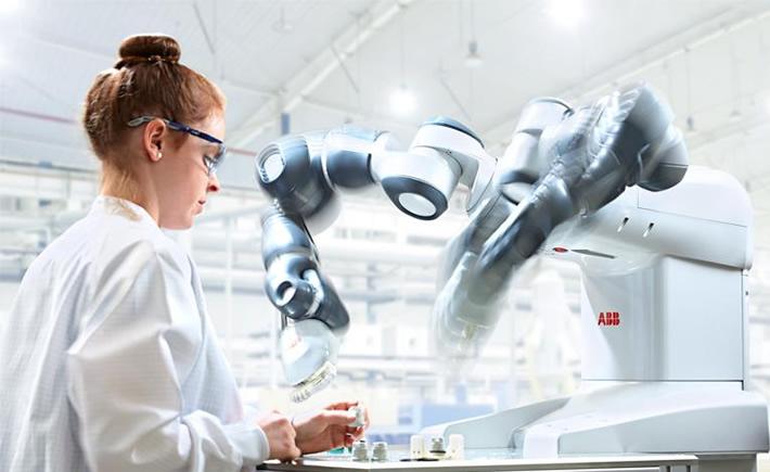Para 2019 se prevé que haya 2.6 millones de robots a nivel mundial. La automatización en la industria, tema de Vanguardia Industrial Radio. (Foto: ABB)