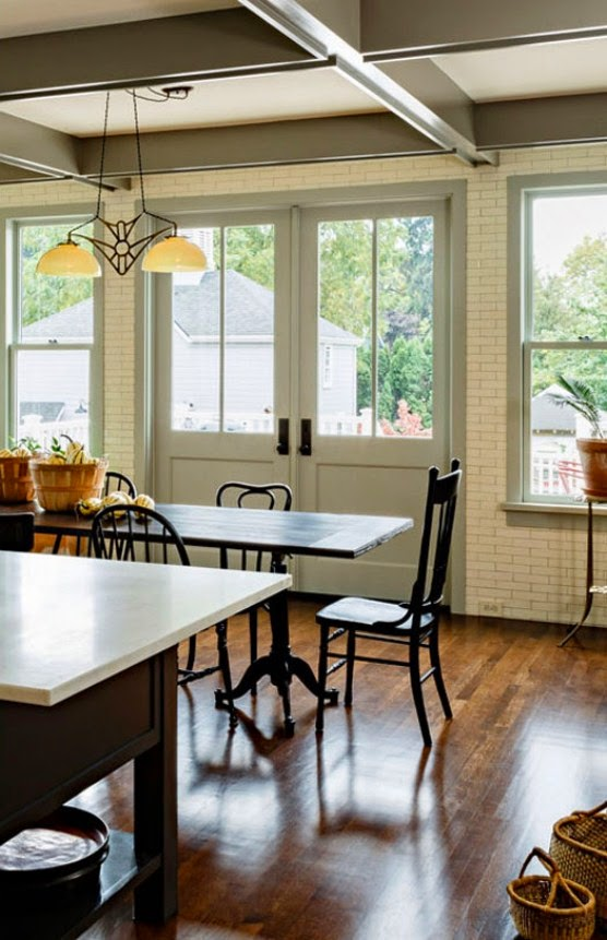 Kitchen Room Illustration: Chic And Cozy Victorian Kitchen And Dining Room Design