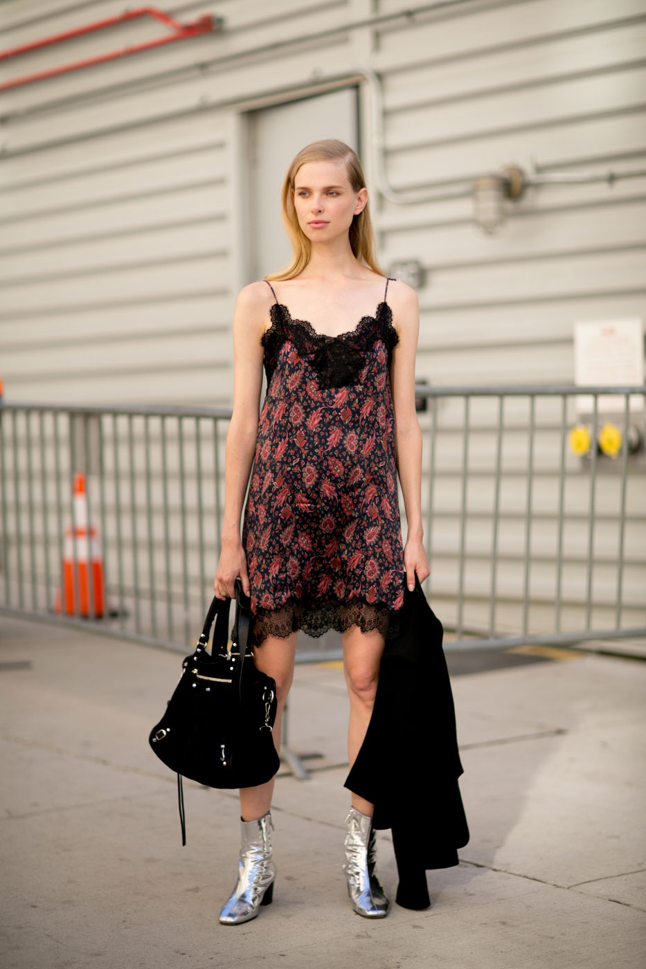model off duty girl from north london fashion blogger lace slip dress floral ootd outfit