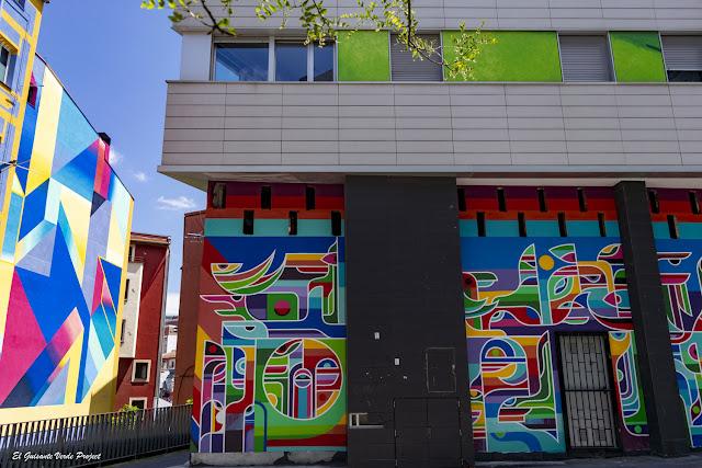 Mural de Erb Mon en Plaza Tres Pilares - Bilbao por El Guisante Verde Project