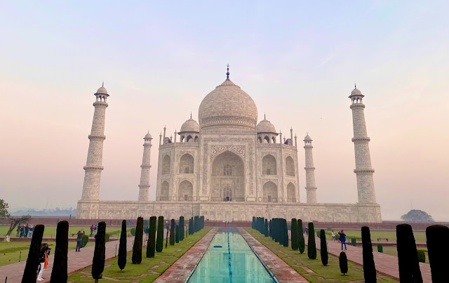 tourist destinations in India agra