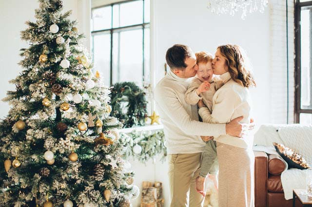 Latest 111 Phrases/Wishes of Christmas and New Year 2021