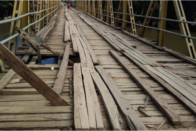 Jembatan Watu Cenrana Rusak Lagi, Nyawa Pengendara Kembali Terancam