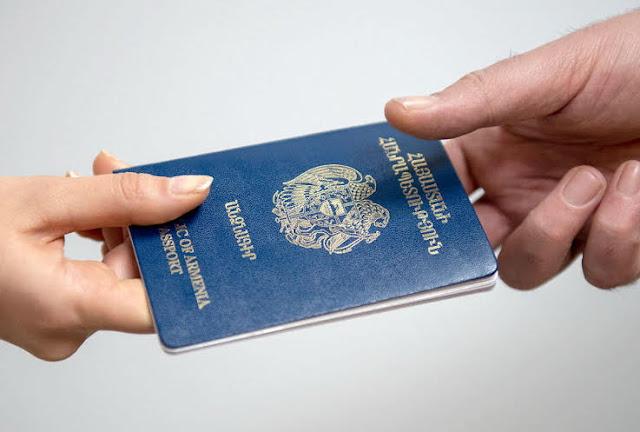 205 armenios sirios reciben pasaporte de Armenia
