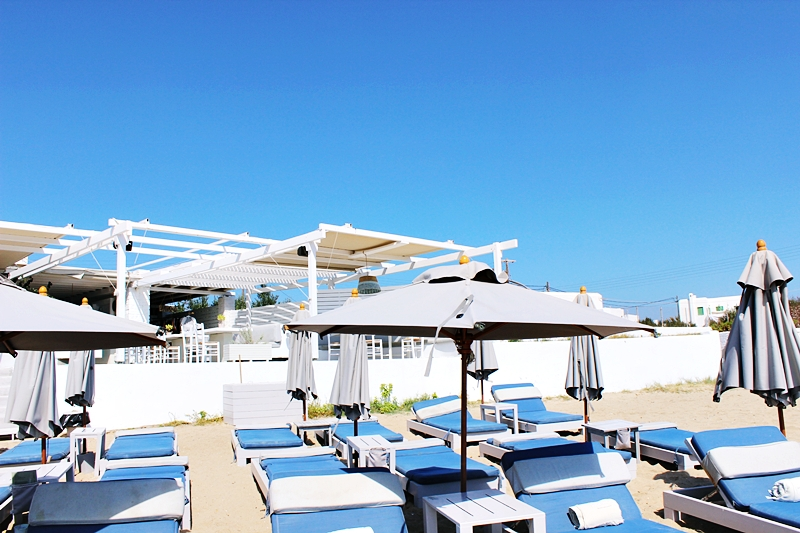 Aspro seaside restaurant and beach club, Ambelas Paros