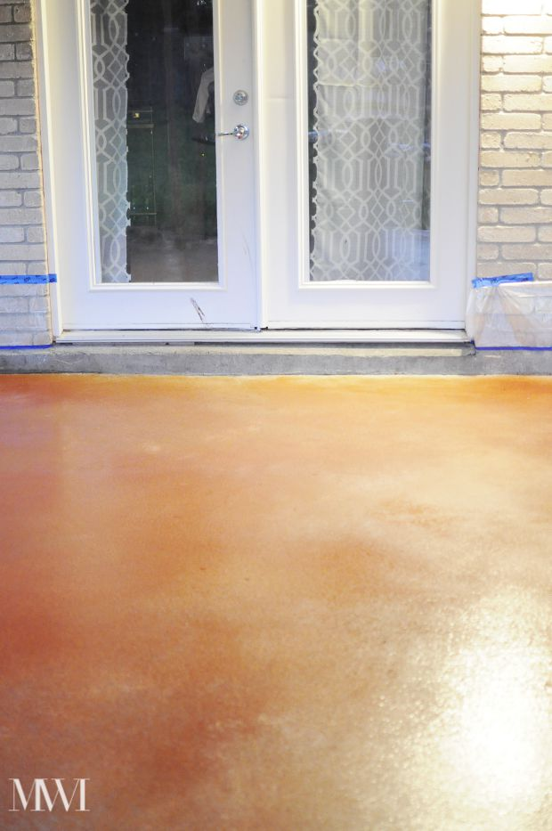 Diy Stain Your Concrete Patio On The Monica Wants It Rust Oleum