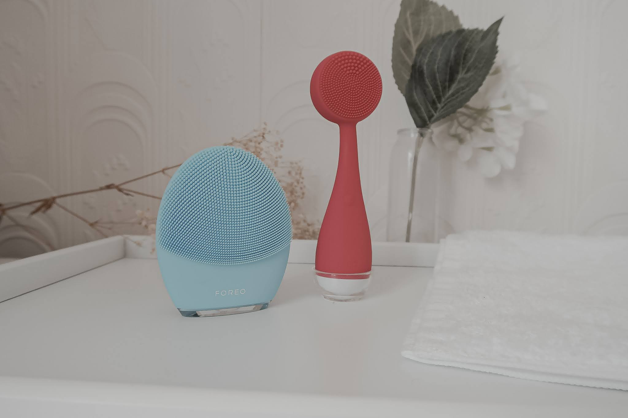 FOREO LUNA 3 and PMD Clean devices