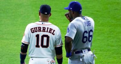 Entre 1992 y 2017, 71 peloteros cubanos debutaron en Grandes Ligas, la mayoría de ellos jugadores de Series Nacionales. Todas las provincias del país y posiciones del béisbol han sido representadas en la MLB.