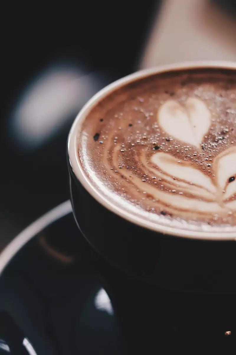 कॉफी मेकर का उपयोग कैसे करें