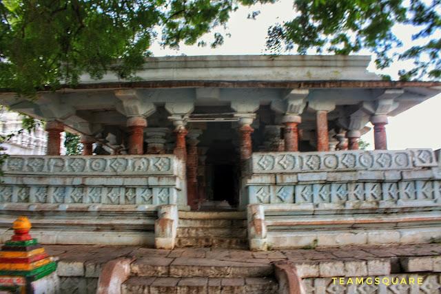 Sri Lokeshwara Temple, Handarki